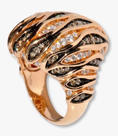 Rosé gold Artur Scholl ring with white and black diamonds | Statement Jewels