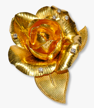 Yellow gold and diamonds, realistic rose brooch by Gübelin | Statement Jewels